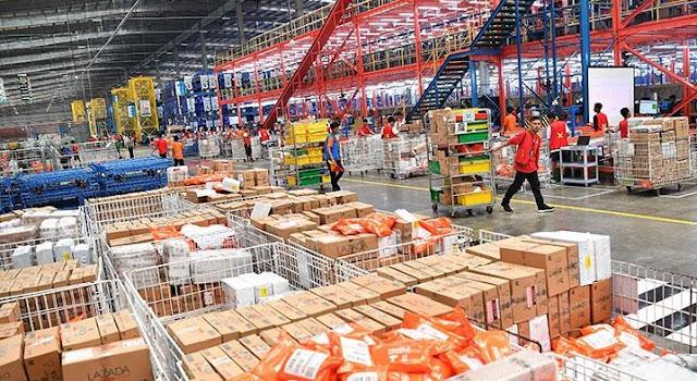 Paket Masuk ke Fasilitas Logistik? Berapa Lama Akan Dikirimkan