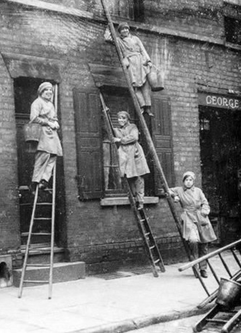 These Women Worked For The City And Suburban Window Cleaning Company.  George Webster, Whose Name Is Over The Door (right), Is Listed In Kellyu0027s  1916 ...