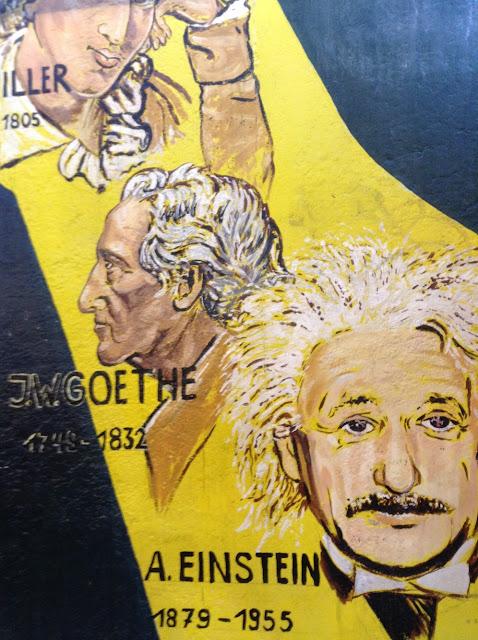 Graffiti Albert Einstein East Side Gallery Berlín