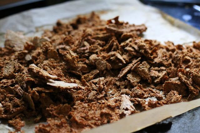 Getrocknete Gemüsepaste zur Herstellung von Gemüsebrühpulver | Arthurs Tochter Kocht by Astrid Paul