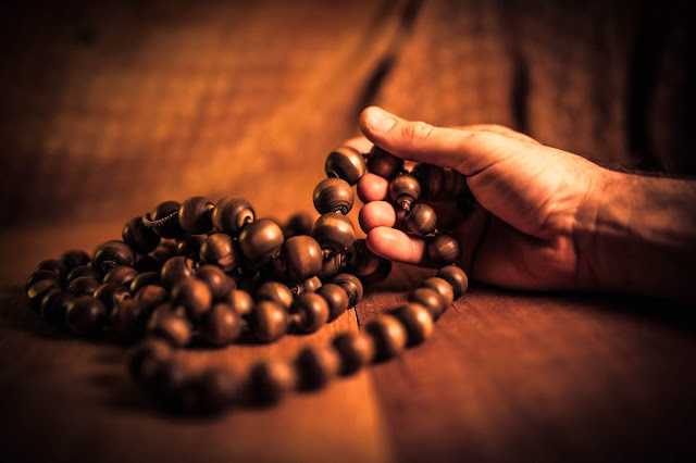 Meditation-Japa-Mala.jpg?profile=RESIZE_710x