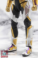 S.H. Figuarts Kamen Rider Thouser 08
