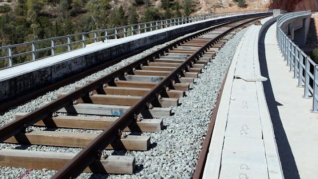 Τι περιλαμβάνει η μελέτη για την επαναλειτουργία της σιδηροδρομικής γραμμής Κόρινθος - Ναύπλιο