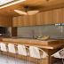 Espaço gourmet contemporâneo com madeira freijó e pedras de granito rústico!
