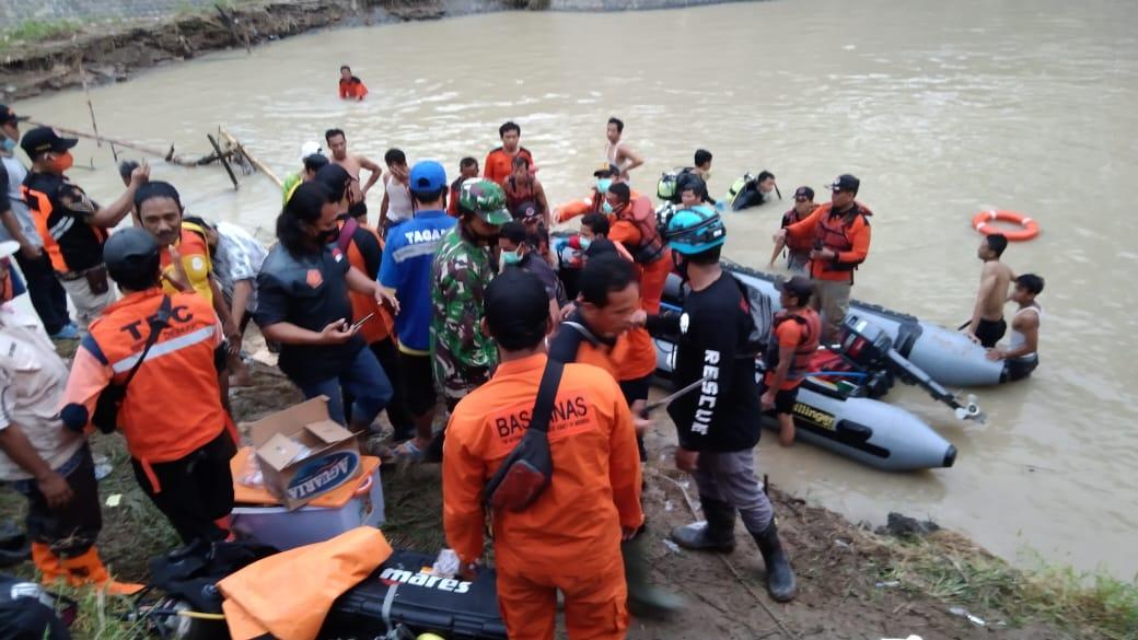 Seorang Anak Meninggal Tenggelam di Pintu Air Sungai Dolok Desa Kebonbatur Mranggen