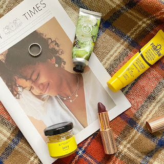 Autumn fashion and beauty staples