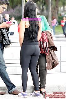bonita-chica-sexys-leggins