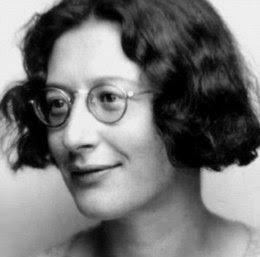 femme philosophe humaniste