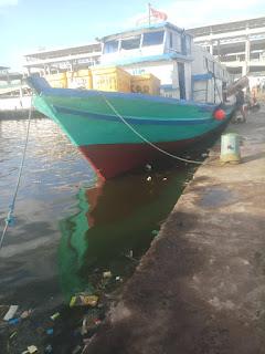 Meski Minim Penumpang, Kapal di Kali Adem ke Kepulauan Seribu Tetap Beroperasi