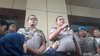 Kapolda Jatim dalam rilis kasus prostitusi online. - Foto/detik