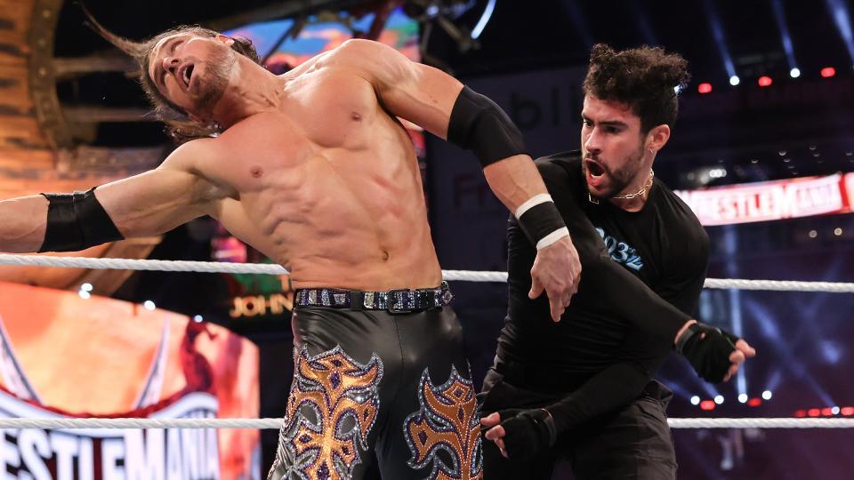 Bad Bunny tem performance incrível em sua estreia nos ringues da WWE