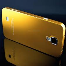 Hp berbahan emas