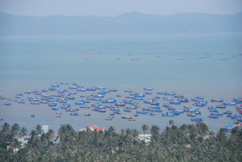 Tham quan thắng cảnh Vịnh Xuân Đài ở Phú Yên