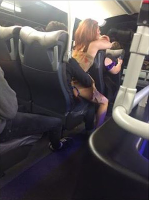 Crazy couple has sex on bus