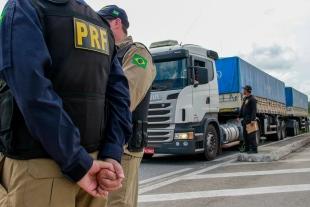 ESTRADAS:  PRF registra 25 acidentes com dois mortos desde o início da Operação Carnaval