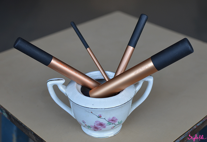 A step by step do-it-yourself tutorial to deep clean your makeup brushes by soaking them on the Style File blog by Dayle Pereira