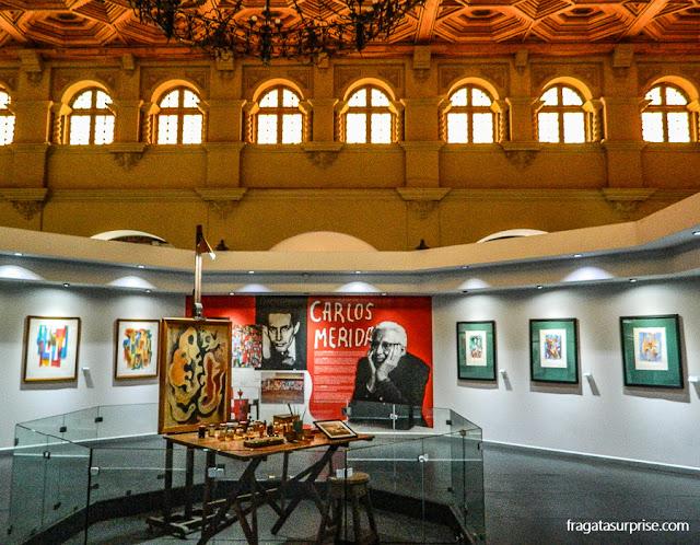 iê do pintor Carlos Mérida reconstruído no Museu Nacional de Belas Artes da Guatemala