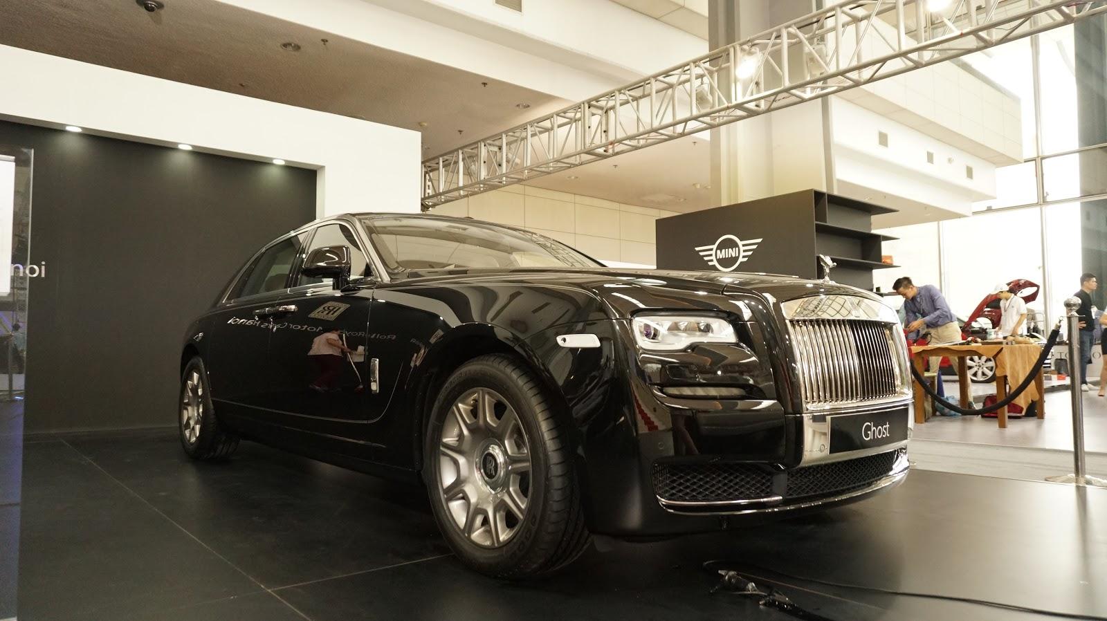 Rolls-Royce Ghost Series II bản màu đen thực sự quá sang, quá hoàn hảo