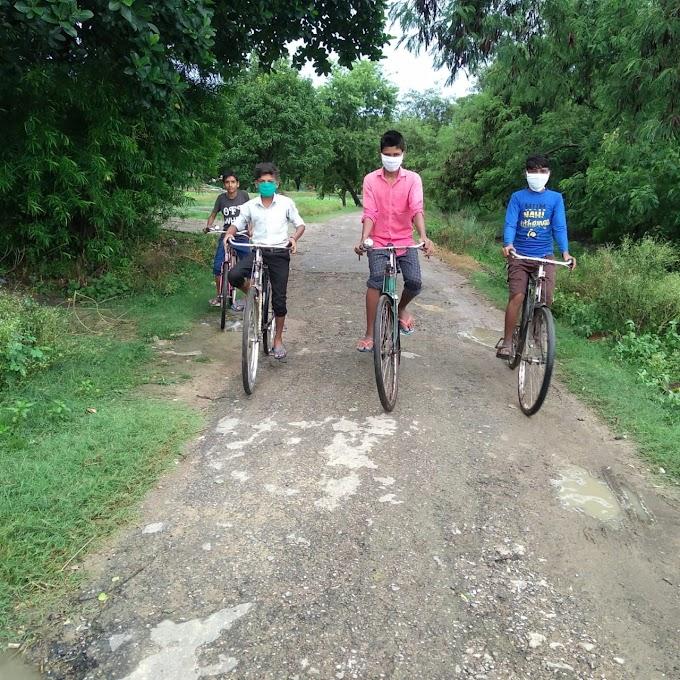 बर्डपुर में  फिट इंडिया के तहत साईकिल रेसिंग कार्यक्रम