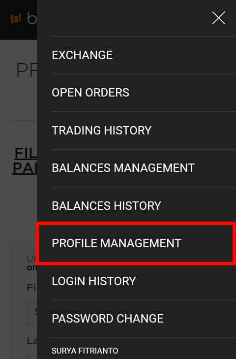 """Pilih menu navigasi yang berada di pojok kanan atas dan pilih """"Profile Management""""."""