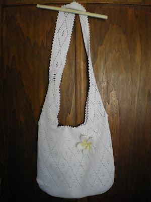 crochet bag whit frangipane flower