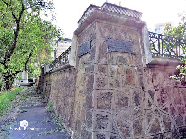 Vista de parte da murada original do Antigo Reservatório da Liberdade - Bela Vista - São Paulo