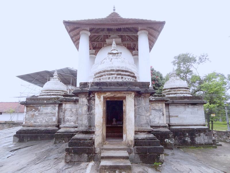 Gadaladeniya-things to do in Kandy Sri Lanka