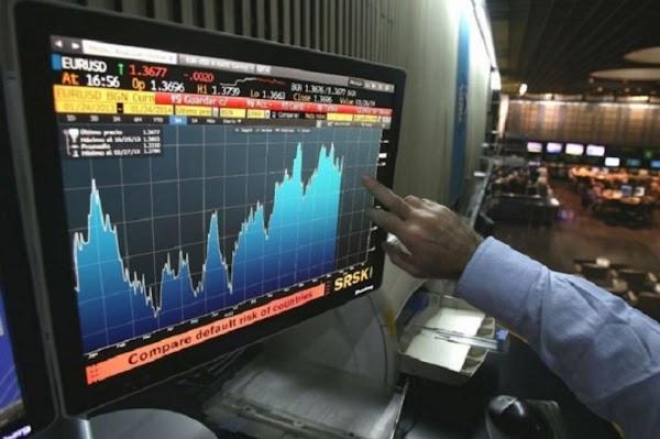 Baja el riesgo país y suben los bonos argentinos en dólares