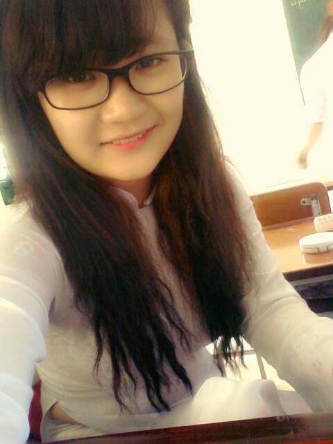 Hình ảnh hot girl học sinh dễ thương kute nhất facebook
