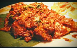 Arranged and serving Pomfret fish tawa fry