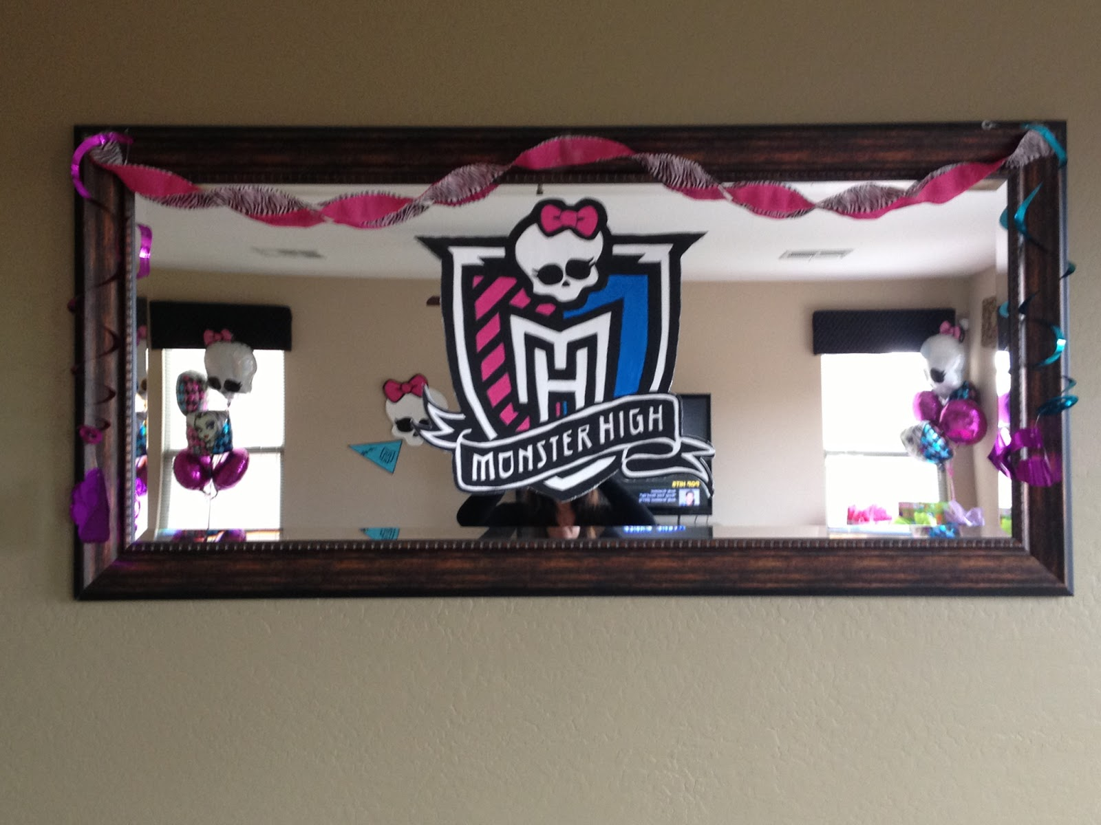 The Busy Broad Monster High Party Decorations & Monster High Birthday Decoration Ideas - Elitflat