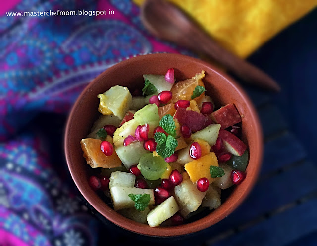 Fruit Chaat | Delhi Special Fruit Chaat | How to make Fruit Chaat at Home | Vegan and Gluten Free Recipe | Navratra Special Recipe