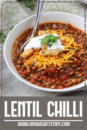 Meatless lentil chili with simple ingredients and flavorful spices. It's wholesome, filling, and makes one easy weeknight meal.