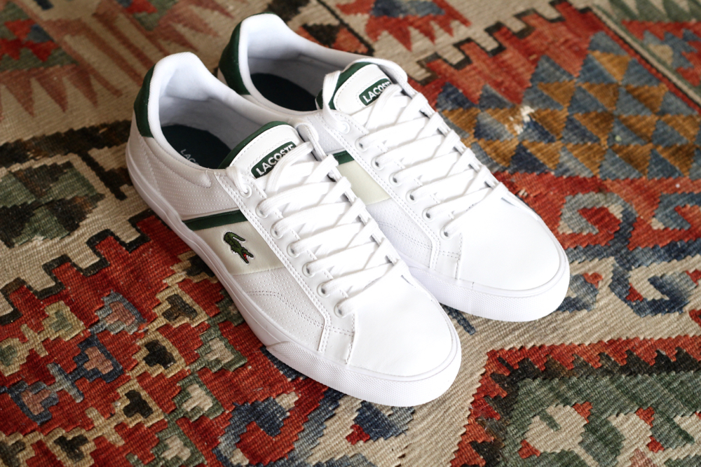 BLOG-MODE-HOMME-VOYAGE-STYLE_inspiration-kilim-sportswear-adidas-jogging-molleton-7-8_agnes-b-artist_lacoste-fairlead-tennis-baskets-otterbox-coque-iphone6-transparente_resistante-aedle-casque-audio - 2