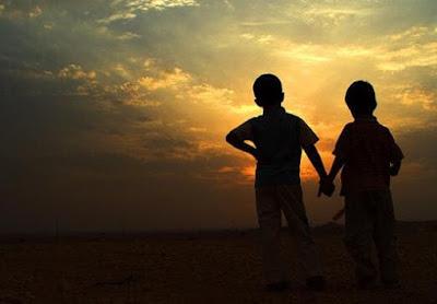 قصيدة إذا المرء لا يرعاك إلا تكلفا - من روائع الامام الشافعي رحمه الله