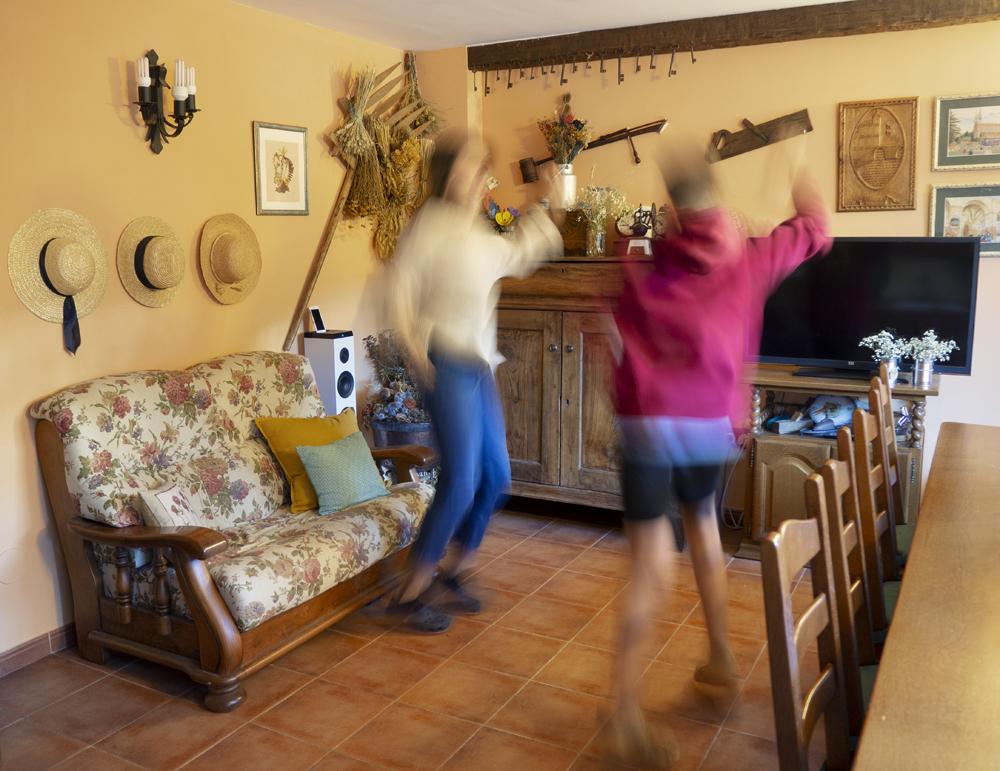 ¿Qué debe tener un espacio para celebrar en casa_Decorar en familia9