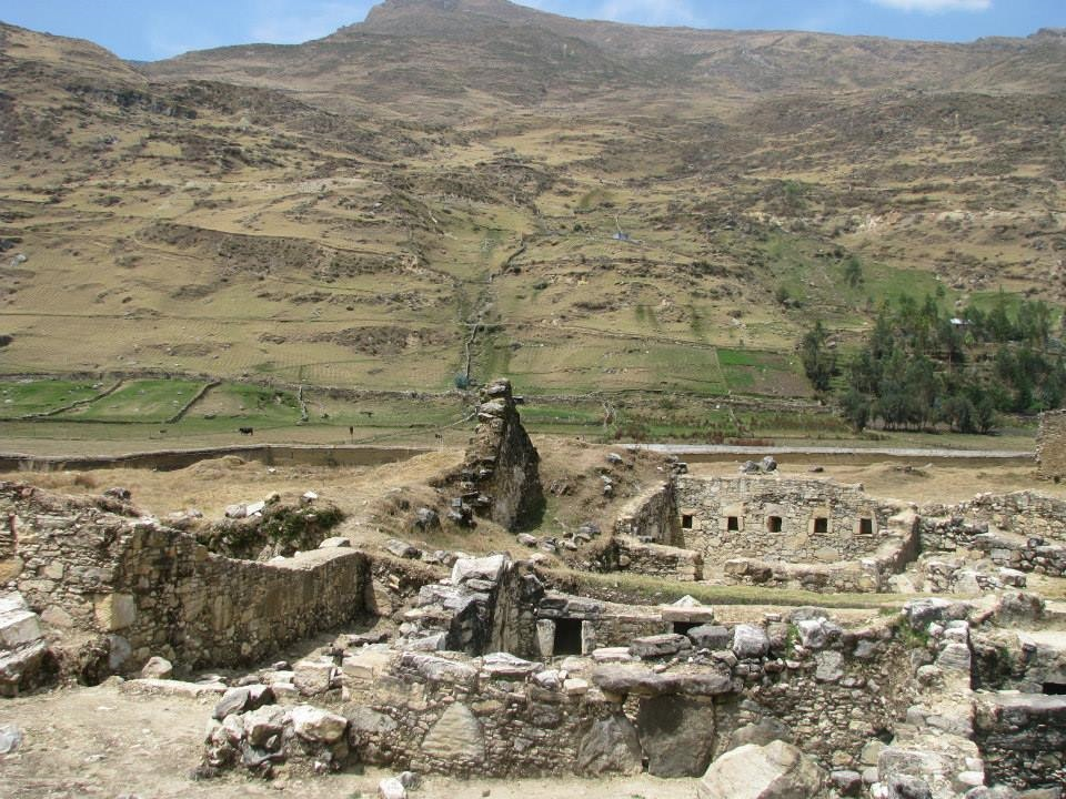 Conjunto Arqueológico de Astobamba - Huarautambo