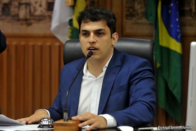 REQUERIMENTO DE MAURÍCIO GURGEL GARANTE CONVOCAÇÃO DE ELEQUICINA