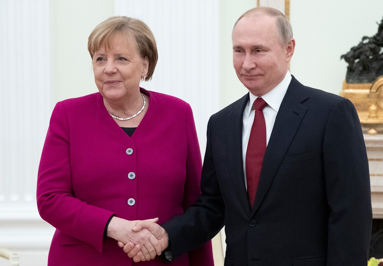 German and Russian Leaders Discuss Mideast Tensions