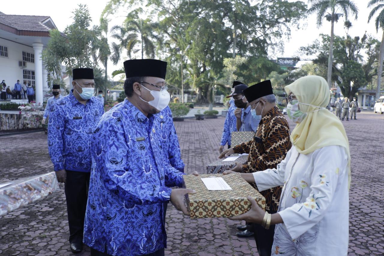 Pjs Sekdakab Asahan Pimpin Apel Upacara HKN