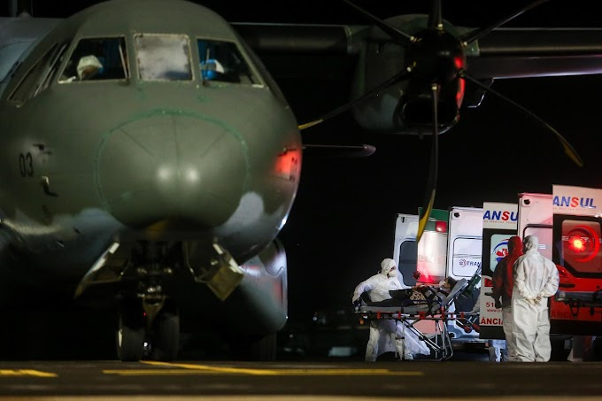 Avião da FAB chega a Porto Alegre trazendo pacientes com Covid-19 vindos de Roraima