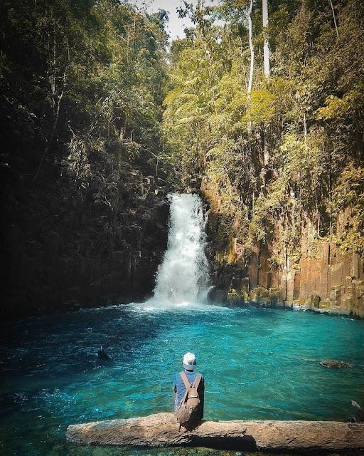Batu Betiang Waterfall