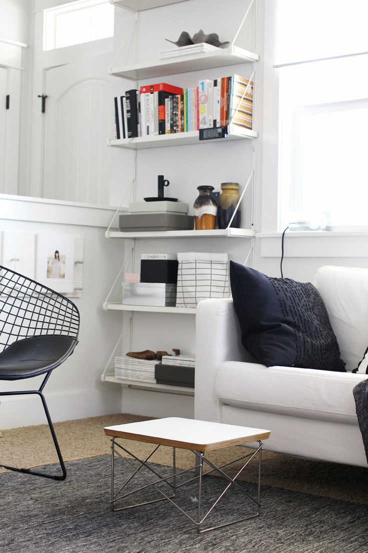 Shelves In The Living Room: Nordic Days - By Flor Linckens