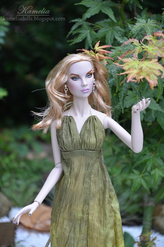 "Handmade green dress for 16"" doll"