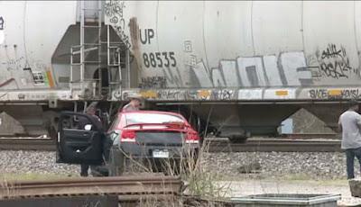 Tragis, Model Tewas Saat Melakukan Pemotretan di Rel Kereta Api