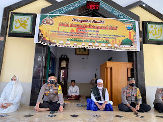 Kapolres Irwan Hadiri Peringatan Maulid Nabi di Masjid Al Ikhlas Mapolres Lutra