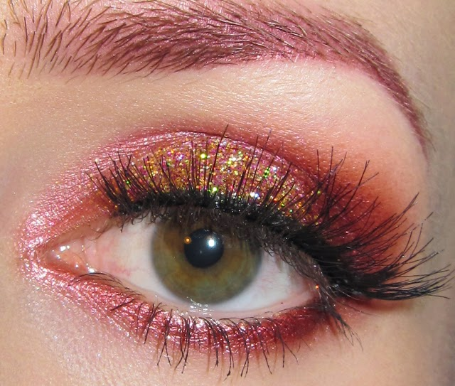 Red glitter eye makeup