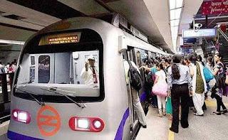 delhi-metro-in-dipawali-tilll-10