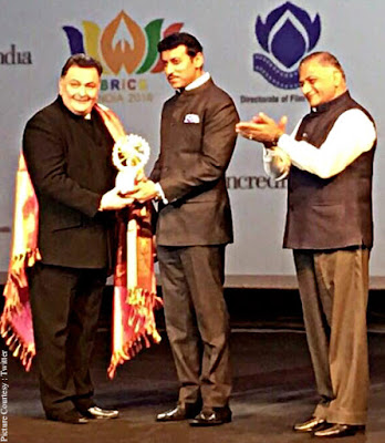 rishi-kapoor-honoured-at-1st-brics-film-festival