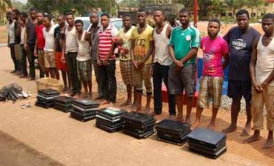 Ghana deports 17 Nigerian Yahoo boys